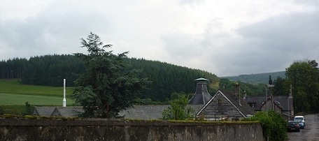 This pagoda could just be glimpsed from Braehead Terrace over the three days I stayed there. For me, the distillery shall always recall Dufftown; the whisky Sandy at 'A Taste of Speyside'.